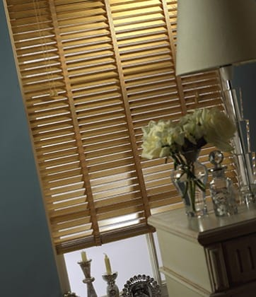 Natural Wood Slat - Venetian Blind